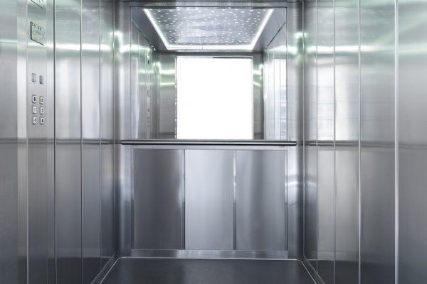 Cabina ascensore in acciaio e vetro